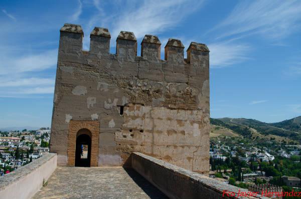 La Torre del homenaje desde torre quebrada alhambra granada