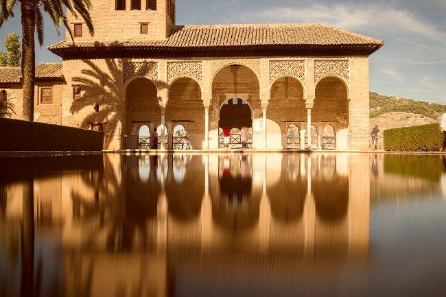 Torre de las Damas en el Partal de la Alhambra