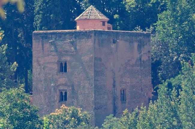 Torre de las Infantas vista desde el exterior